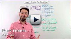 En el vídeo consejo de esta semana, Rand Fishkin de SEOmoz nos explica cómo gracias al email marketing y a nuestra lista de suscriptores podemos conseguir enlaces hacia nuestra web