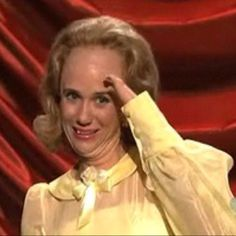 Kristin wiig! Can't. Believe you're leaving SNL.