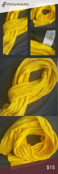 NWOT Cannery Yellow Cable Knit Scarf. NWOT Cannery yellow scarf perfect for those fall and winter days and adds a punch of color. 100% Acrylic Old Navy Accessories Scarves & Wraps