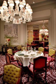 """Restaurant Gastronomique Joël Robuchon """"La Grande Maison - Bernard Magrez"""""""