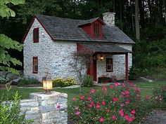 Restored 18Th Century Stone Cottage. This is a romantic, get-away for two. It is the perfect 'home away from home' and is an easy drive to all the local tourist sites and wonderful shopping of Lancaster and Chester County.