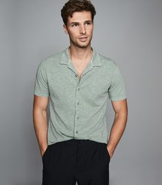 Are you looking to update your wardrobe with the top trends in Menswear fashion trends have come a long way, and with the frequent change in styles. Slim Fit Casual Shirts, Men Casual, Vintage Rugby Shirts, Best Mens Fashion, Gents Fashion, Mint Shirt, Branded Shoes For Men, White Fashion Sneakers, Lakme Fashion Week