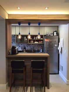 surprising small kitchen design ideas and decor 2 Kitchen Bar Design, Home Decor Kitchen, Interior Design Kitchen, Kitchen Furniture, Furniture Stores, Small Kitchen Bar, Stylish Kitchen, Cheap Furniture, Kitchen Designs