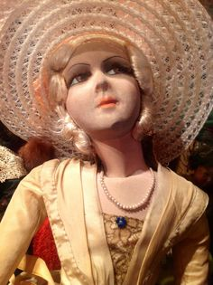Antique French boudoir Doll / Poupée Boudoir / Doll Cream