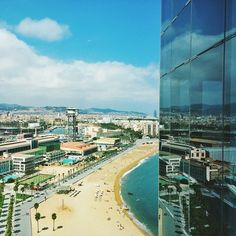 View of the beach in Barcelona. Photo courtesy of ravimongia on Instagram.