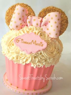 Pink and Gold is such a wonderful color scheme for little ladies! I actually made 2 of the gold and pink Minnie Mouse giant cupcakes...