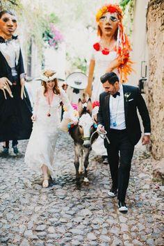 Festive-Fabulous-Mexico-Destination-Wedding-San-Miguel-de-Allende-Blest-Studios-25