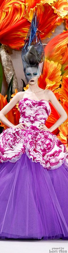"""This made me """"LOL"""" ;) , but I also think it's pretty cool. Christian Dior Couture Fall 2010"""