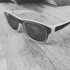 New prototype driveneyewear.com made from a @landrover defender and sls #3dprinting by @imaterialise by daandehaandesign