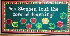 Sometimes a simple bulletin board that involves minor prep is just as effective as one that is very involved when putting together. Plus, the apples are a traditional school symbol all will recognize. Classroom Design, Classroom Displays, School Classroom, Classroom Activities, Classroom Decor, Core Learning, Classroom Arrangement, Back To School Bulletin Boards, Classroom Environment
