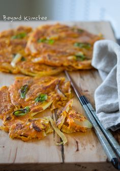 CURRY KIMCHI PANCAKE ~~~ this share uses korean pancake and korean fry powder mixes; if you are interested in going for an all-scratch version, you might be interested in the following very cool diy link http://www.timetochow.com/2009/11/jeon-flour-perfect-korean-pancake-mix.html [beyondkimchee] [timetochow]