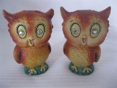 CUTE!! Vintage owl salt and pepper shakers