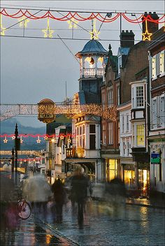 Upper High Street, Guildford, by paul (england), via Flickr