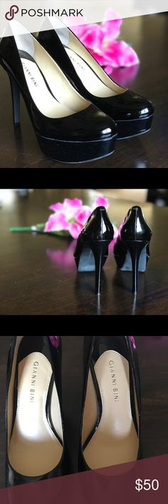 Gianni Bini Black Platform Pumps Gianni Bini  Black Platform Pumps 4.5in heel BRAND NEW CONDITION, never worn Some marks on the bottom just from being moved around in the closet.  Size 8.  Awesome shoes, wish I was better at walking in heels! Gianni Bini Shoes Platforms
