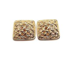 Vintage Clip on Earrings Gold Tone Basket Weave by SharkysWaters