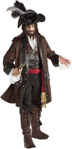 Disfarce de pirata das Caraíbas para homem: Este disfarce de pirata das Caraíbas para homem inclui 5 peças. Um fantástico casaco comprido em imitação de couro e camurça! Uma camisa branca com um colete cosido. A camisa tem um laçado e...