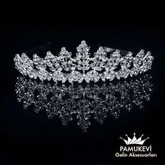 Kristal Taşlı Prenses Tacı, Şık ve Zarif Tasarım