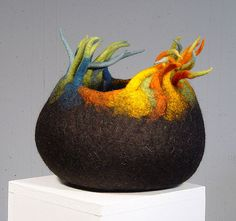 cesa wendt: Filz-Schale / felt bowl / bol en feutre by cesa wendt, Nuno Felting, Needle Felting, Felt Pictures, Textile Fiber Art, Felting Tutorials, Felt Art, Felt Animals, Fabric Art, Felt Crafts