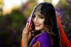 Cool Girl Pictures, Girl Photos, Cute Girl Pic, Cute Girls, Afghani Clothes, Afghan Girl, Afghan Dresses, Stylish Girls Photos, Pakistani Dress Design