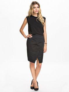 http://nelly.com/pl/odziez-dla-kobiet/odziez/spódnice/samse-samse-803/rew-skirt-803563-14/