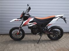 Off Road Bikes, Offroad, Motorcycle, Street, Autos, Off Road, Motorcycles, Motorbikes, Walkway
