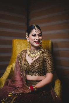 According to survey in modern age professional matrimonial services are first choice for parents who are searching best match for their sons and daughters. Indian Wedding Bride, Indian Wedding Outfits, Indian Bridal, Indian Outfits, Lengha Blouse Designs, Sari Blouse, Bridal Poses, Asian Bride, Bride Look
