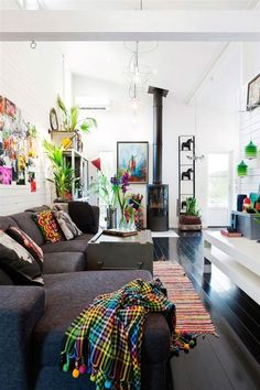 Black Floors: The Right Choice | Apartment Therapy