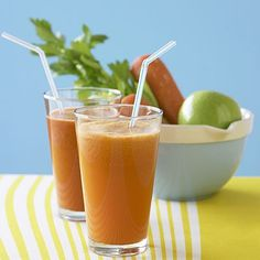 """10 Tips for Going on a Liquid Diet from """"Health"""" magazine. A very good article about Crohn's disease but also helpful for those with Gastropareisis. Health Guru, Health Trends, Juicing For Health, Health Diet, Womens Health Magazine, Liquid Diet, Fitness Nutrition, Frou Frou, The Best"""
