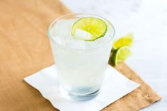 We share our favorite gin and tonic recipe, made with gin, tonic and lime. Plus, tips for how to make a balanced, refreshing cocktail at home. Tonic Cocktails, Gin Fizz Cocktail, Refreshing Cocktails, Fun Drinks, Beverages, Sour Cocktail, Winter Cocktails, Mixed Drinks, Best Gin And Tonic