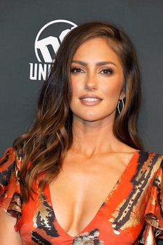 """Minka Kelly Photos - Minka Kelly attends """"Titans"""" DC Series World Premiere at Hammerstein Ballroom on October 2018 in New York City. - 'Titans' DC Series World Premiere Minka Kelly Hair, Minka Kelly Style, Minka Kelly Makeup, Beautiful Eyes, Most Beautiful Women, Gorgeous Girl, Beautiful Celebrities, Beautiful Actresses, Actrices Sexy"""