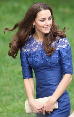 Kate Middleton Photos - The Duke And Duchess Of Cambridge Canadian And North American Tour - Quebec - Zimbio Looks Kate Middleton, Kate Middleton Photos, Duchesse Kate, Princesse Kate Middleton, Looks Street Style, Prince William And Kate, Prince Edward, William Kate, Royal Fashion