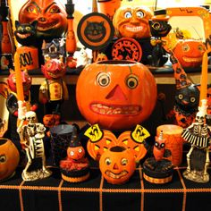 I spent some time talking with hardcore Halloween collectors, and they opened my eyes to the wonderful, creepy world of vintage decorations.