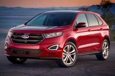 The 2016 Ford Edge has everything you might want in a tech-focused, stylish crossover—as long as you don't require third-row seating or a luxury badge. Find out why the 2016 Ford Edge is rated by The Car Connection experts. Most Reliable Suv, 2016 Ford Edge, Best Midsize Suv, Best Compact Suv, Suv Reviews, Suv Comparison, Toyota Rav4 Hybrid, Best New Cars, Mid Size Suv