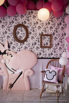 Photo wall. Minnie