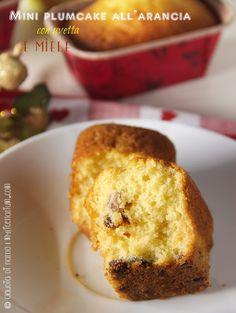 Mini plumcake all'arancia con uvetta e miele