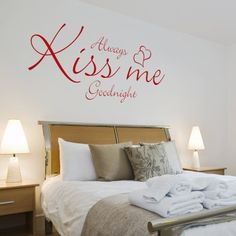 Murale Kiss Me Good Night  Stickers Murali  Stickers Murali Frasi ...