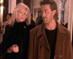La Femme Nikita, Peta Wilson, Roy Dupuis www. The Best Series Ever, Best Tv Shows, Movies And Tv Shows, Peta Wilson, Spy Shows, Janet Evanovich, Hair Color Auburn, Tv Couples, Fade To Black