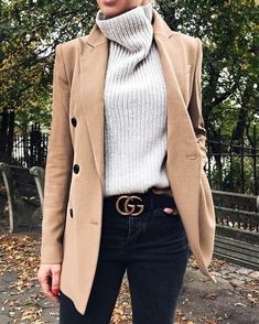 Stylish Winter Outfits with Blazer Inspiration fashion . - Stylish Winter Outfits with Blazer Inspiration fashion week street style,f - Look Blazer, Casual Blazer, Blazer Outfits, Dress Outfits, Tan Blazer, Blazer Fashion, Outfit With Blazer, Blazer Jacket, Dress Fashion