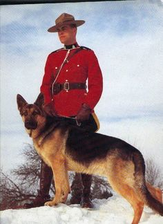 Love the Mounties. Canadian Things, I Am Canadian, Canadian History, Ottawa, Canadian Symbols, Toronto, Police, Hot Cops, Fur Trade