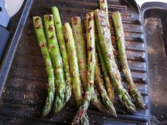 Asparagus on a George Foreman in 3-5 minutes... lay on grill, spritz with non-fat cooking spray & sprinkle with an season salt. These are AMAZING! Its the only way I eat Asparagus.