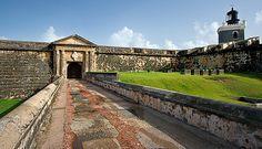 Entrance to El Morro | Flickr - Photo Sharing! - Puerto Rico (Manuel Diaz - www.flickr.com)