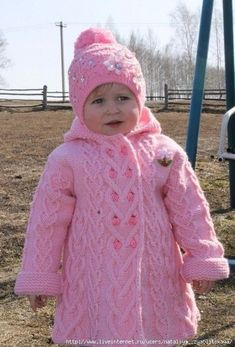 This post was discovered by Şü Crochet Dress Girl, Crochet Girls, Crochet Baby Hats, Baby Cardigan Knitting Pattern, Baby Knitting Patterns, Girls Sweaters, Baby Sweaters, Knitting For Kids, Free Knitting