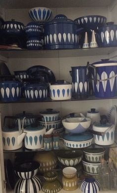 Blue and white Cathrine Holm Lotus enamelware
