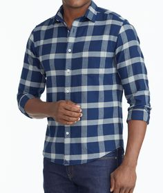 Sweatwater Men Classic Fit Plaid Button-Down Long Sleeve Slim Fit Shirt