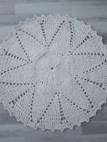 Thelma`s: Virkatut matot Blanket, Rugs, Crochet, Diy, Home Decor, Farmhouse Rugs, Crochet Doll Clothes, Round Shag Rug, Crochet Carpet