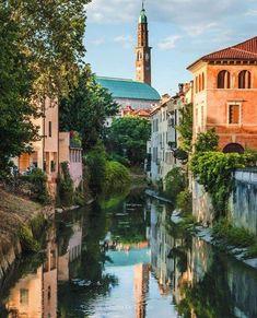 Venice. Italy. Pic by Alberto De Longhi