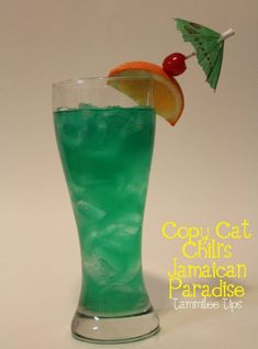 Copy Cat Chili's Jamaican Paradise Recipe 1 oz Malibu Rum gold tequila oz Midori oz Blue Curacao 2 oz Sweet and Sour Splash Rose's Lime Juice Add ingredients to a Cocktail Shaker and shake with ice. Strain into a glass and garnish Party Drinks, Cocktail Drinks, Fun Drinks, Cocktail Recipes, Alcoholic Drinks, Cocktail Shaker, Drink Recipes, Malibu Cocktails, Fruity Cocktails