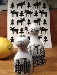 Porsgrund Porselen. Norway: Salt and Pepper shakers