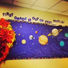 Bulletin board display for kids' solar system fun facts! Mrs Papp's first grade class!