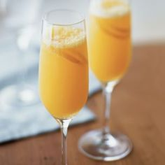 Nothing makes a weekend brunch more festive than serving a champagne cocktail, like this tangerine mimosa, which puts a fresh spin on a tried-and-true favorite. For a more complex flavor, use a mix. Cocktails, Party Drinks, Cocktail Drinks, Fun Drinks, Yummy Drinks, Cocktail Recipes, Alcoholic Drinks, Beverages, Drink Recipes